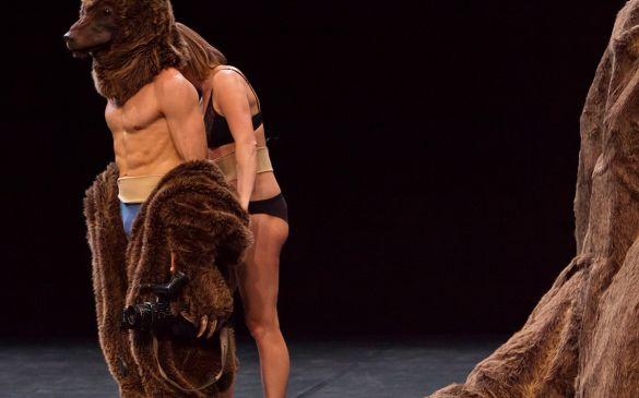Saga, un spectacle conçu par Jonathan Capdevielle